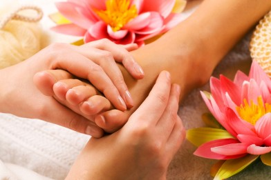 Guest Post ] Reflexology For A Healthy Lifestyle – Invisibly Me