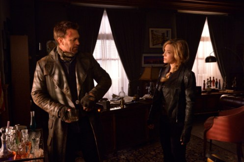 """DEFIANCE -- """"The World We Seize"""" Episode 301 -- Pictured: (l-r) -- (Photo by: Ben Mark Holzberg/Syfy)"""