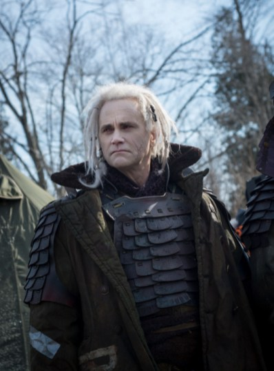 """DEFIANCE -- """"The World We Seize"""" Episode 301 -- Pictured: (l-r) -- (Photo by: David Lee/Syfy)"""