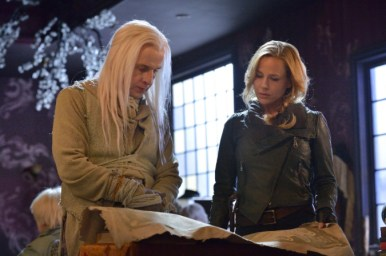 """DEFIANCE -- """"The Last Unicorns"""" Episode 302 -- Pictured: (l-r) -- (Photo by: Ben Mark Holzberg/Syfy)"""