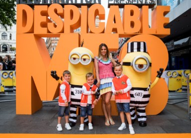 DANIELLE_LLOYD_700071371TF006_Despicable_M