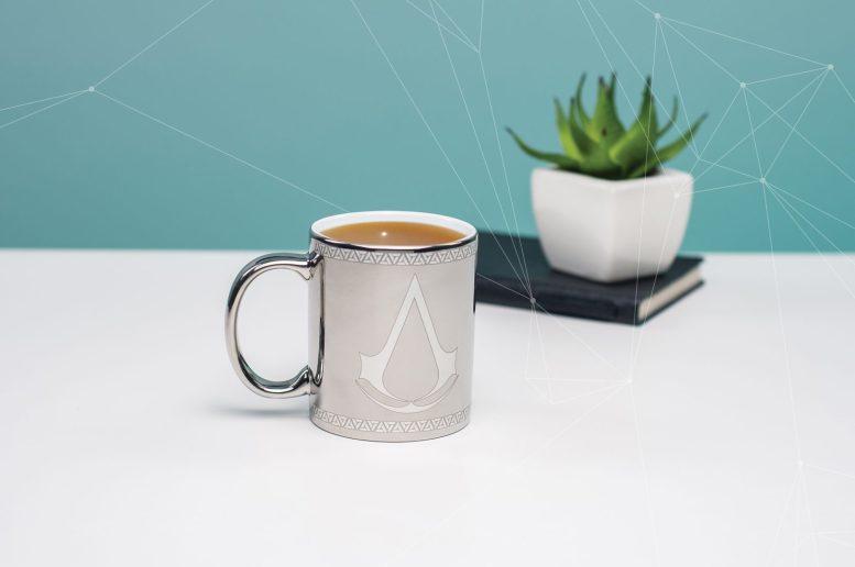 Assassins_Creed_Chrome_Mug