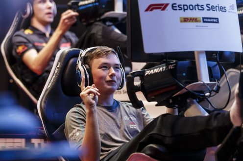 Esports driver Brendon Leigh of team Mercedes-AMG Petronas competes in the F1 New Balance Esports Series [3]