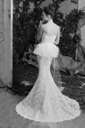 Carolina Herrera Novias Primavera 2017 modelo Arriane B&N