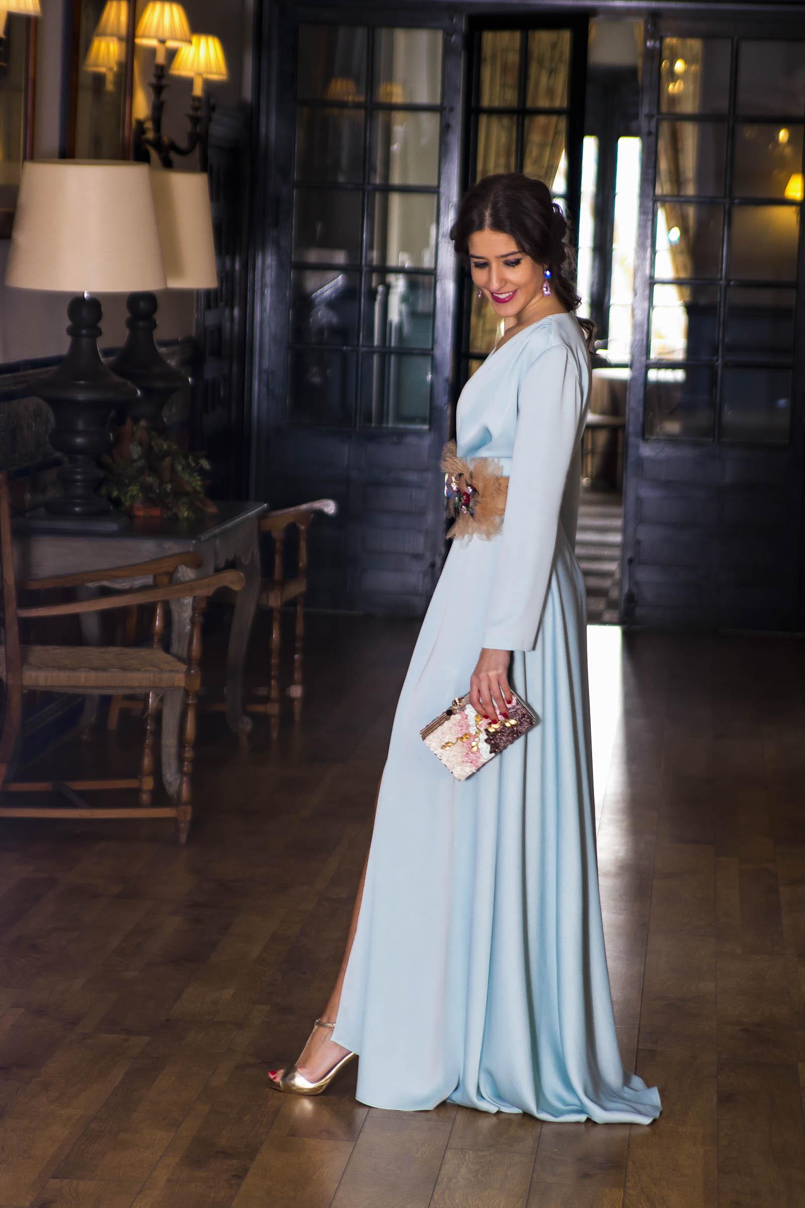 9cf7fc924 Vestido Invitada boda noche Matilde Cano 4. 5 febrero, 2017. Inviitada boda  noche azul Matilde Cano