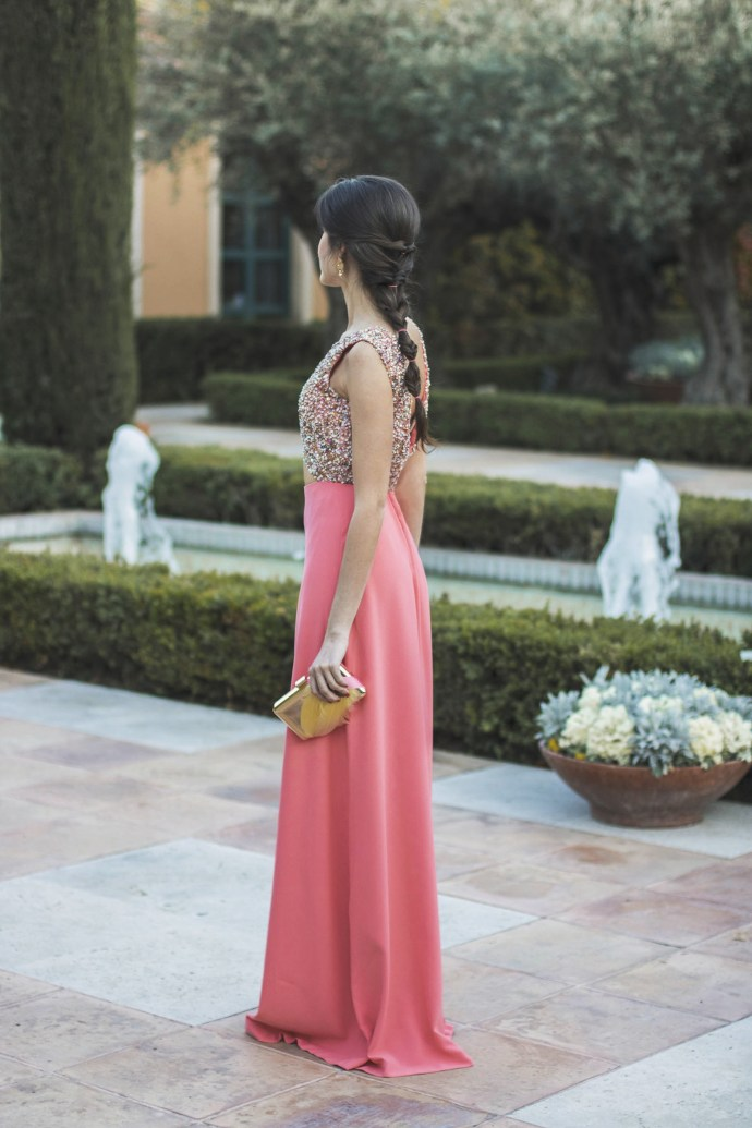 Vestido invitada boda de noche salmón de Apparentia