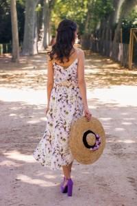 Look invitada boda campo campestre vestido floral