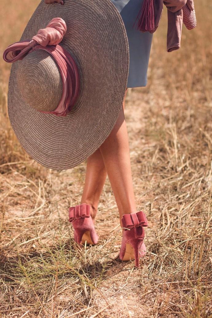 Zapatos terciopelo lazo rosa Salo Madrid Invitada Perfecta