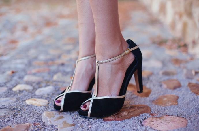 Zapato sandalia invierno terciopelo negra