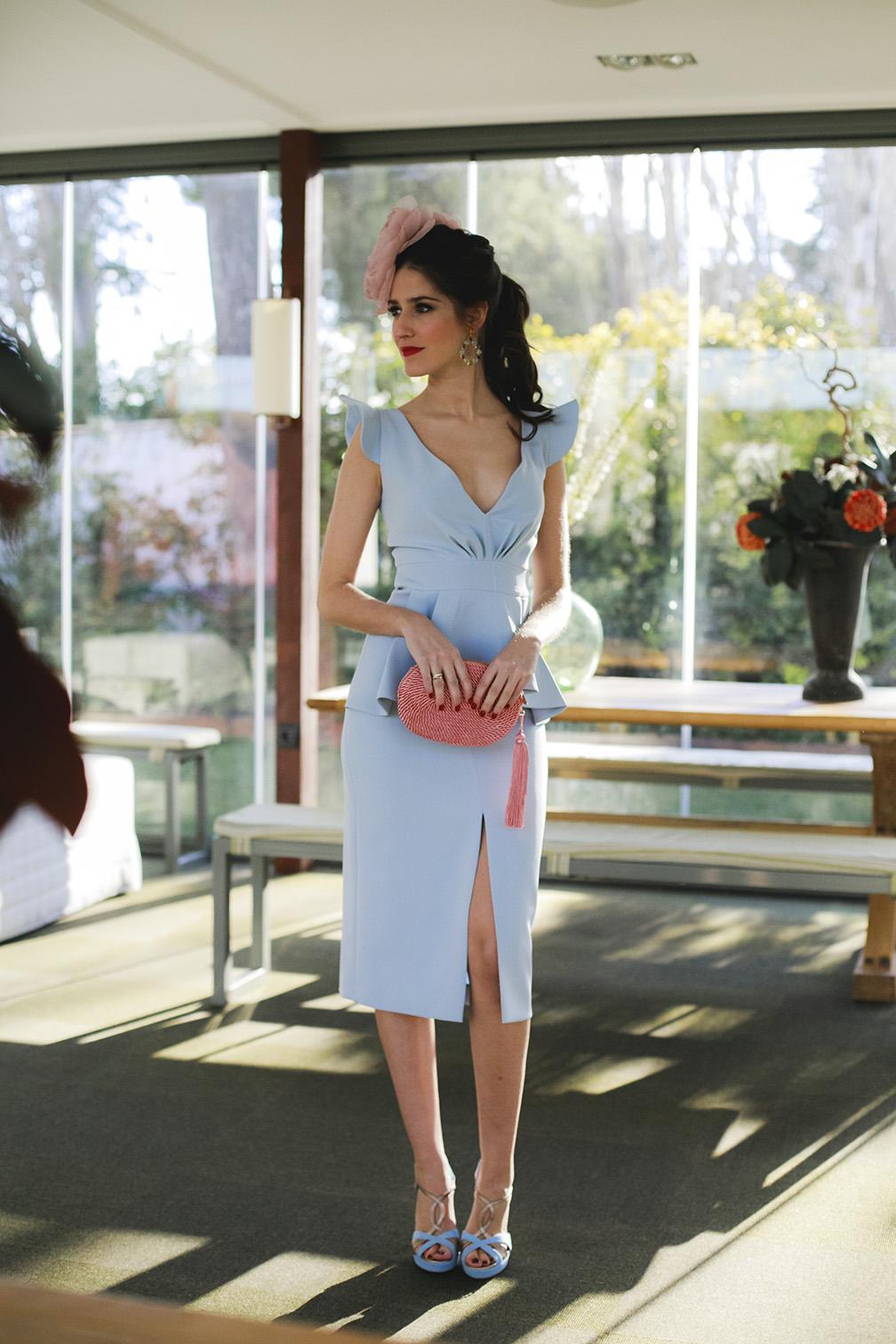 La invitada perfecta vestido azul