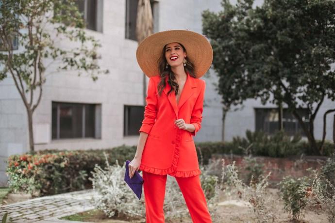 Look invitada boda traje pamela tocado invitada 2019