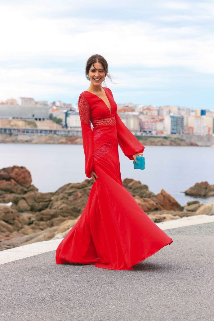 look invitada perfecta boda rojo