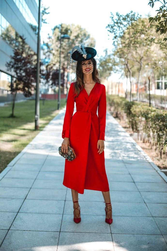 Vestido rojo gemelos invitada