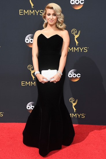 425_tori_kelly_2016_emmys_getty607569416