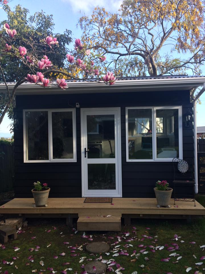 She Shed Ideas Gorgeous Shed Office Craft Room Amp Woman