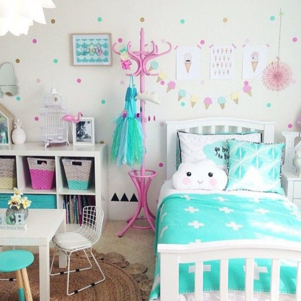 Little Girls Bedroom Decorating Ideas and Adorable Girly