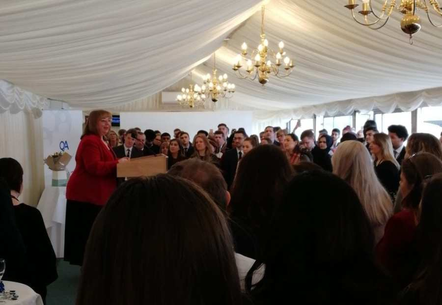 Sharon Hodgson delivering her talk at house of commons