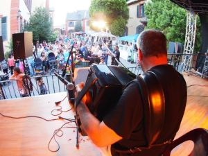Internationales Flair beim Weinheimer Kulturfest