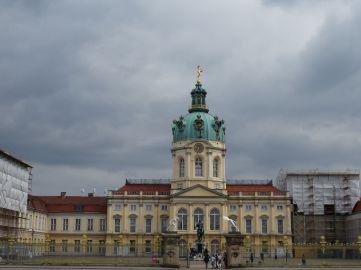 Verhüllt Schloss Charlottenburg