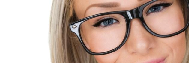 Machiaj rapid pentru purtatoarele de ochelari