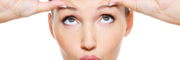 Ți-au apărut riduri pe frunte? Iată 15 moduri prin care să lupți cu ele