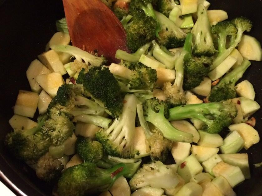 Broccoli + dovlecei = love