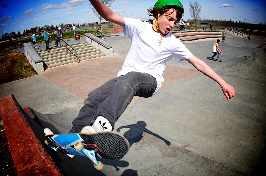 callingwood-skateboard-park-2