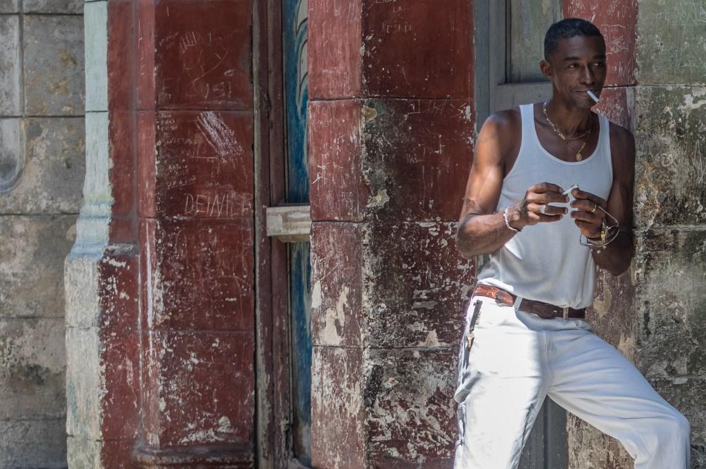 Cubanos En Color