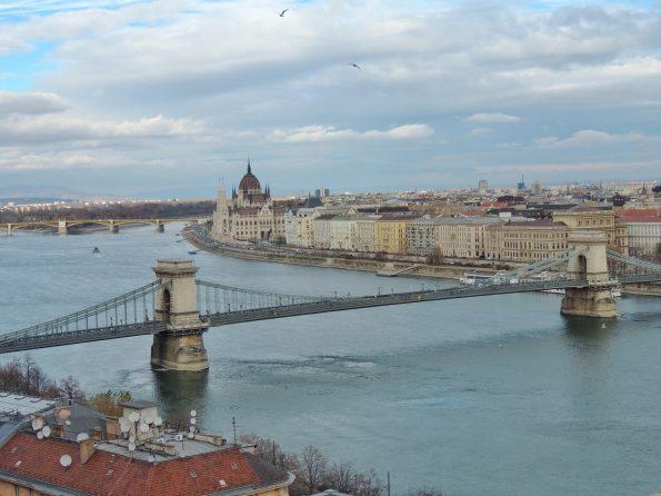 Il Ponte delle Catene e il Parlamento di Budapest