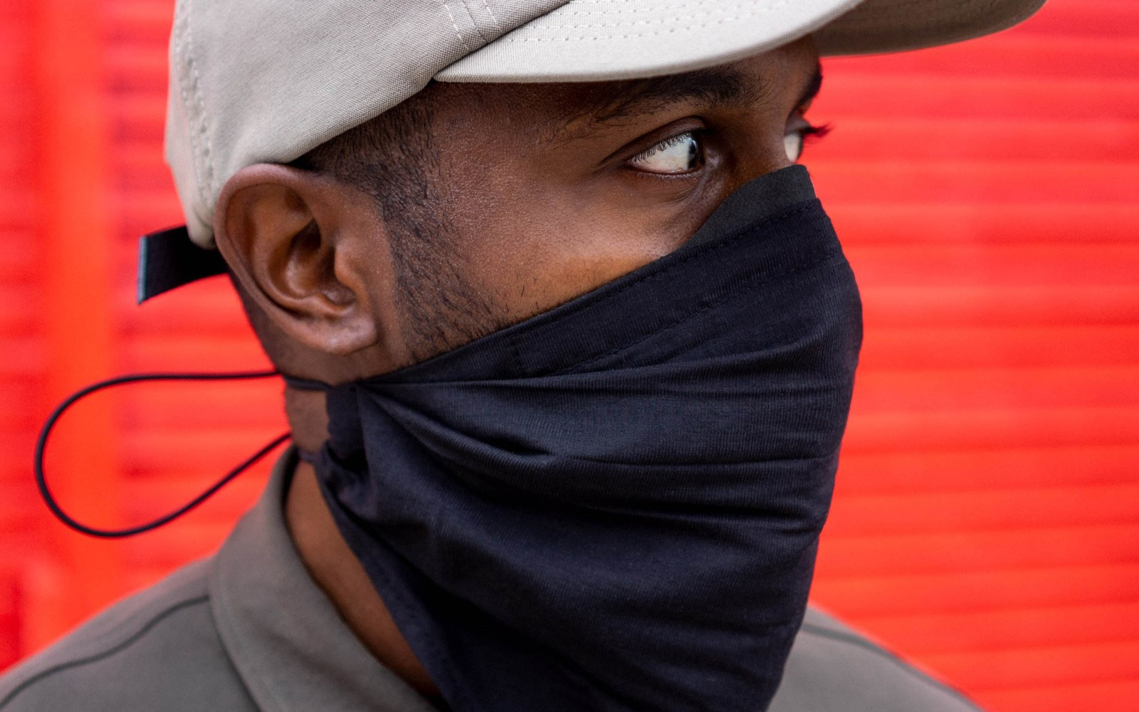 Mask001 Ultrasuede Snaptight: the mask to Fight the Covid like a Cowboy Bandit