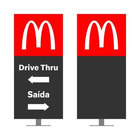 DIRECIONAL MODELO GA VAZADO - FACE 1: DRIVE THRU SETA ESQUERDA SAÍDA SETA DIREITA / FACE 2: SEM TEXTO