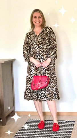 Spice up your animal print dress with red