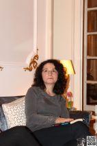 Virginia Costeschi așteptând întoarcerea...