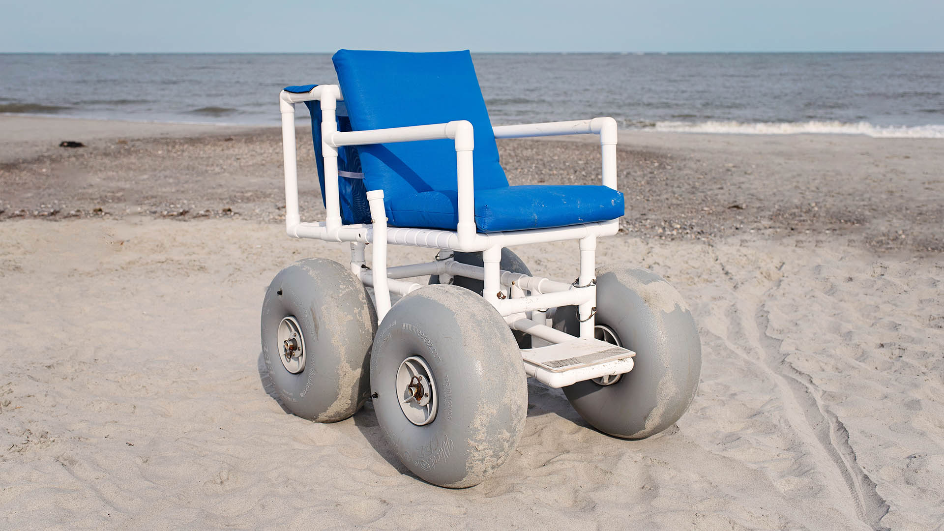 isle of palms beach chair company small patio table and chairs wheelchairs more iop