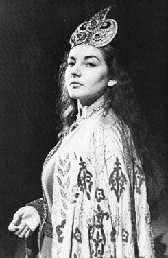 María Callas en Nabucco como Abigaille en Napoles 1949