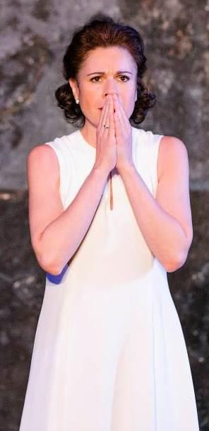 Ana María Martínez como Paolina en Poliuto de Donizetti en Glyndebourne