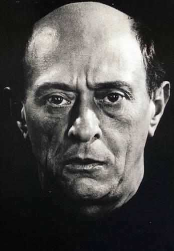 Arnold Schönberg retrato 1926