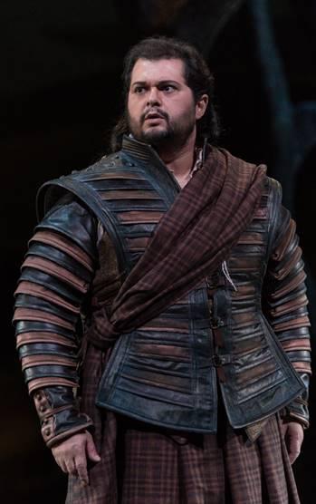 Celso Albelo como Edgardo en Lucia di Lammermoor  en L'Opera Royal de Wallonie