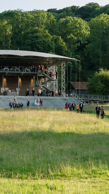 Eugene Onegin en Garsington Opera , desde el Festival inglés vídeo de la ópera de Piotr Ilich Chaikovski de la representación en directo de julio de 2016