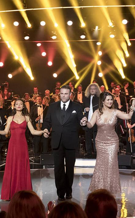 concierto-homenaje-a-pavarotti-video-desde-montecarlo