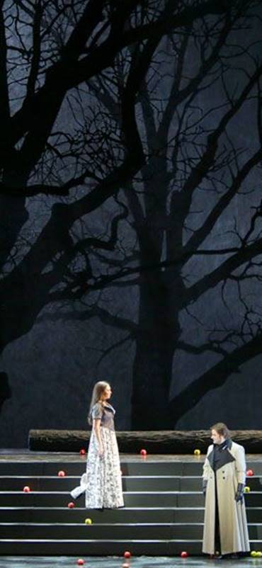 Yevgueni Oneguin en San Petersburgo, desde el Teatro Mariinski , vídeo de la ópera de Piotr Ilich Chaikovski, Valery Gergiev