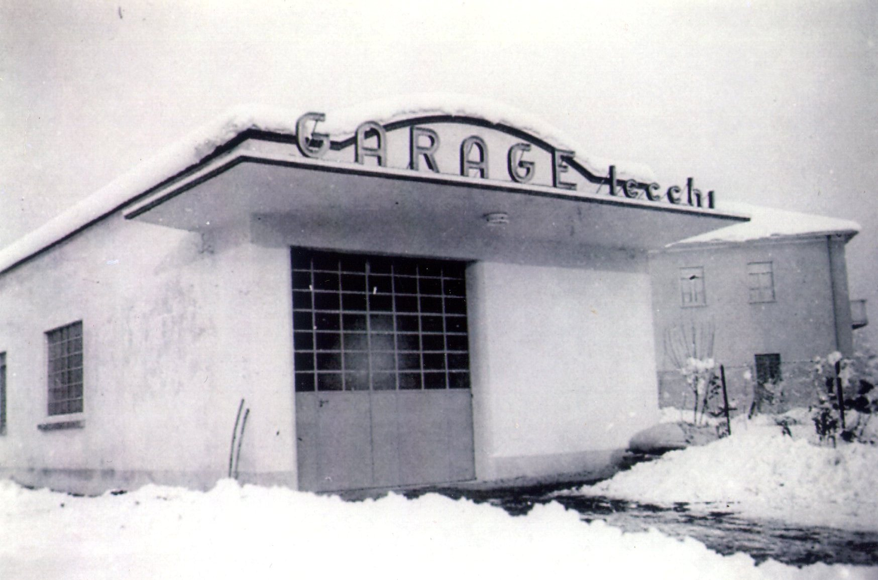 Officina Lecchi, l'innevata inaugurazione del 1953