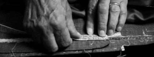 Sarto, sartoria, storia sarto, sarto berbiere, arte sartoriale, famiglia giuzzi, giuzzi, fustagno, velluto, cotone blu, sartoria lombarda, storia sarti lombardia, trezzo sull'adda, trezzo, intervista sarto, sarto storico, zoccolaio, mestieri tradizionari, famiglia ciocca, famiglia bonfanti, paolo lentini