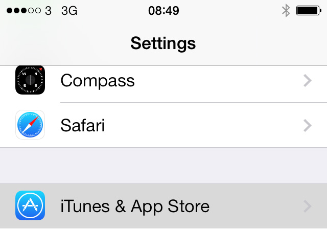 How to turn off automatic app updates in iOS 7 for iPhone