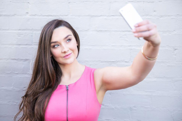 Selfie camera angle iPhone
