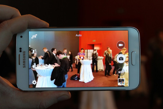 Samsung-Galaxy-S5-leaks-ahead-of-event-1-530x353