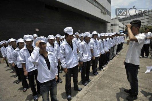 trabajadores-foxconn-en-china-iosmac-Apple contrata en Asia a Ingenieros y Jefes de producción