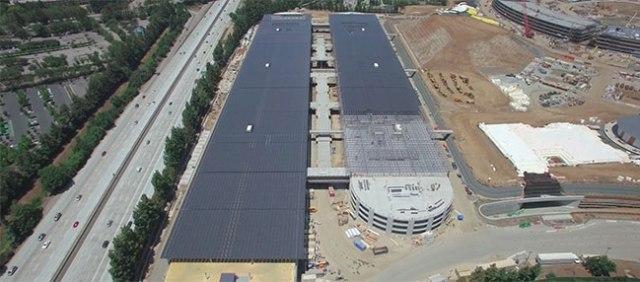 Apple Campus 2. Vista 1 de los paneles solares superiores.