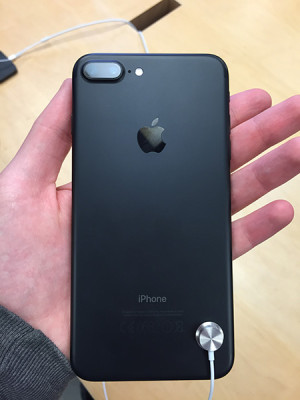 iPhone 7 Australia3