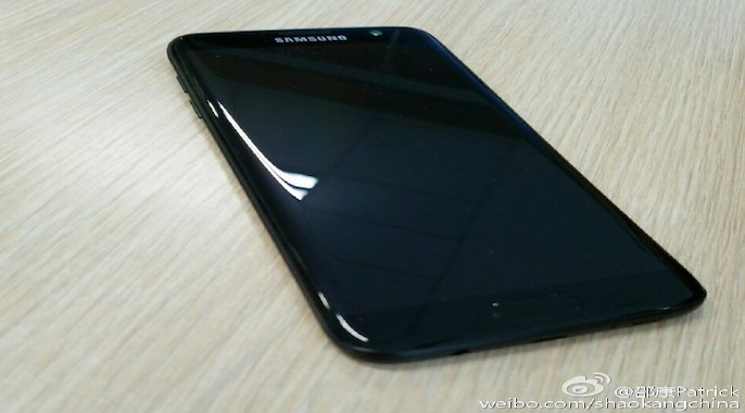 """Aparece un nuevo dispositivo """"Jet Black"""" y no es iPhone"""